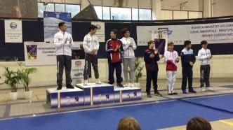 Ariccia 6.11.2016  Il podio della sciabola categorie ragazzi/allievi (foto A.Pezzii