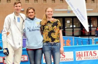 Ravenna 13.11.2016 1^ prova Giovani Susan Maria e Michael Thomas Sica con Elisabetta Castrucci (foto Trifiletti per Federscherma)
