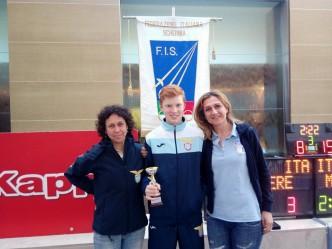 Caserta  2^ prova nazionale spada William David Sica con Giovanna Ciacchi e Betta Castrucci (foto V.Sica)
