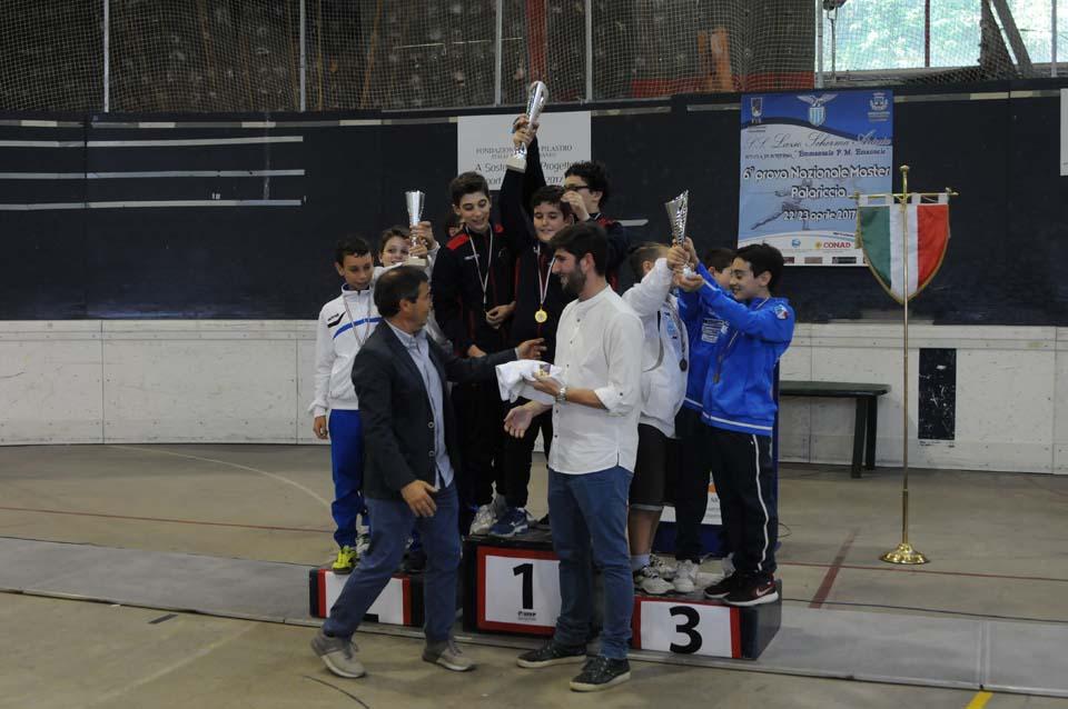 Palariccia 28 maggio 2017 Spada maschile maschietti/giovanissimi con il M°Alessandro Salvitti (foto M.Borro)